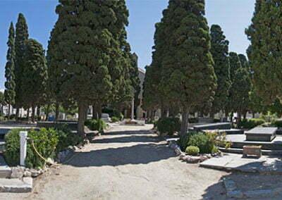 00-pati-central-cementiri-vilassar-de-mar