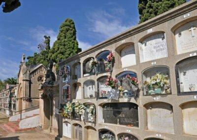 Paret del cementieri