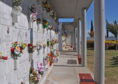 Parets del cementiri