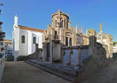 Panorama dels panteons vers l'oest
