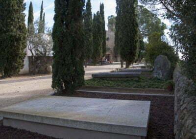 Tombes del cementiri