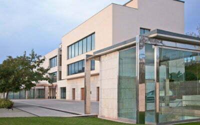La Fundació Hospital de Sant Jaume i Santa Magdalena  i Cabré Junqueras reforcen l'atenció al Dol davant el COVID-19